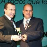 Anjo recebe prêmio do Instituto Mineiro de Engenharia (IMEC)