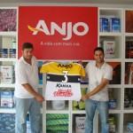 Terceira camisa do Criciúma Esporte Clube é entregue para mais um ganhador da promoção