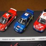 Carros de competição em miniatura